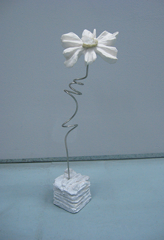 José Plácido - st flor, calcário, marmore, mineral e inox, 48x17x10cm 2BD