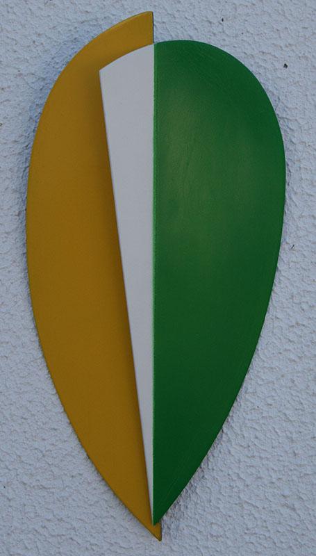 rogerio-abreu-mascara1-ferro-zincado-e-pintado-295x145x45cm-2013a