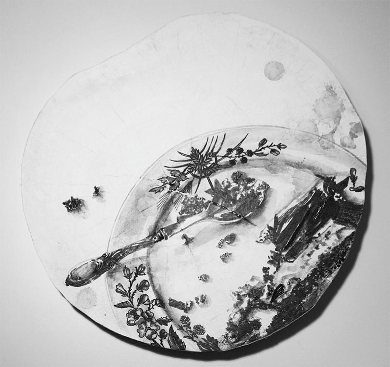 Raquel Gomes - diz o que comes 2, 2013, tinta da china s madeira, 23,5cm