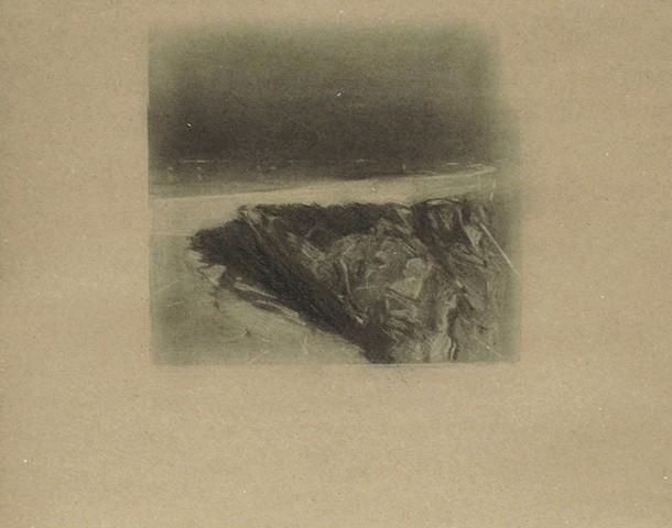 Pedro Pascoinho_ DISSOLVE II _ 53,5 x 40,5 cm carvãos papel _ 2018