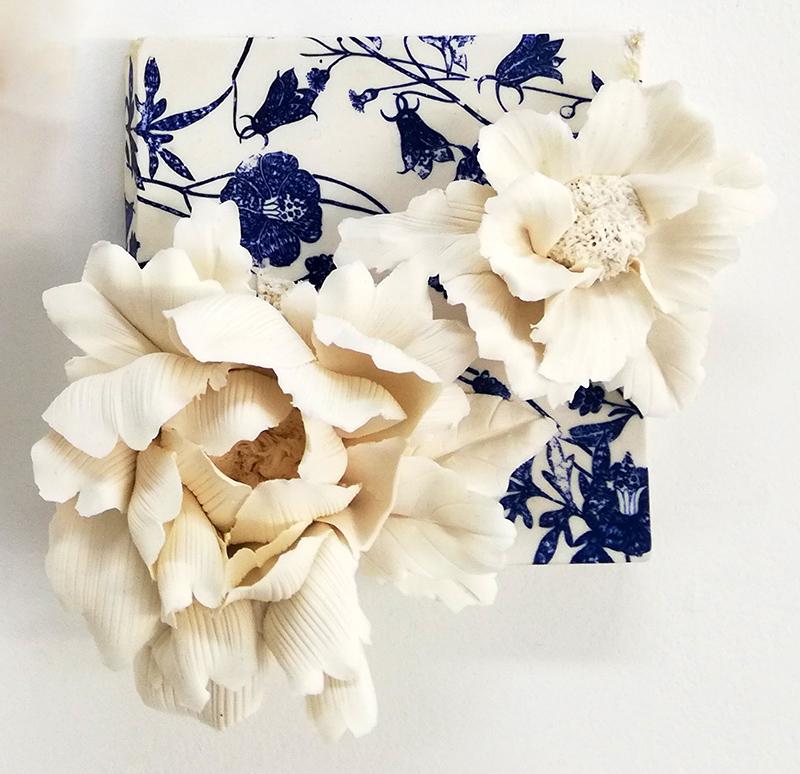 Noemi Iglesias Barrios - Hua Dan 3 - Porcelana artika e cobalto, 15x15x6cm BD