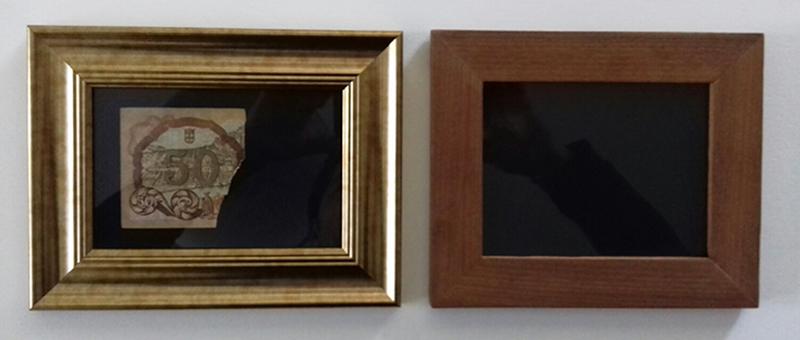 Carlos No - Isabel, 2020, nota cartolina e molduras, 16x43cm diptico