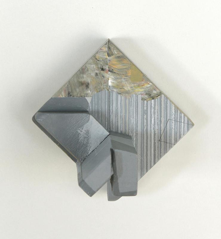 Rui Tavares - Alphabet II 02 - 2020, mista s madeira, 11 x 10,7 x 7,7 cm