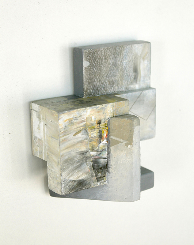 Rui Tavares - Alphabet II 05, 2020, mista s madeira, 9,4 x 8,7 x 4,5 cm